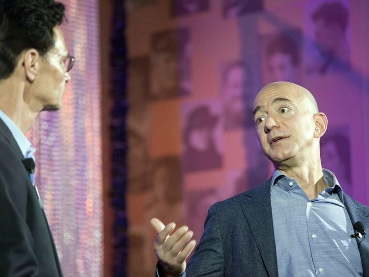 Cuộc sống thường ngày của người giàu có nhất hành tinh Jeff Bezos - ảnh 4