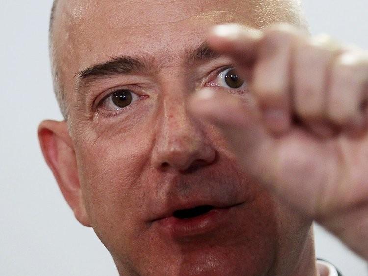 Cuộc sống thường ngày của người giàu có nhất hành tinh Jeff Bezos - ảnh 6