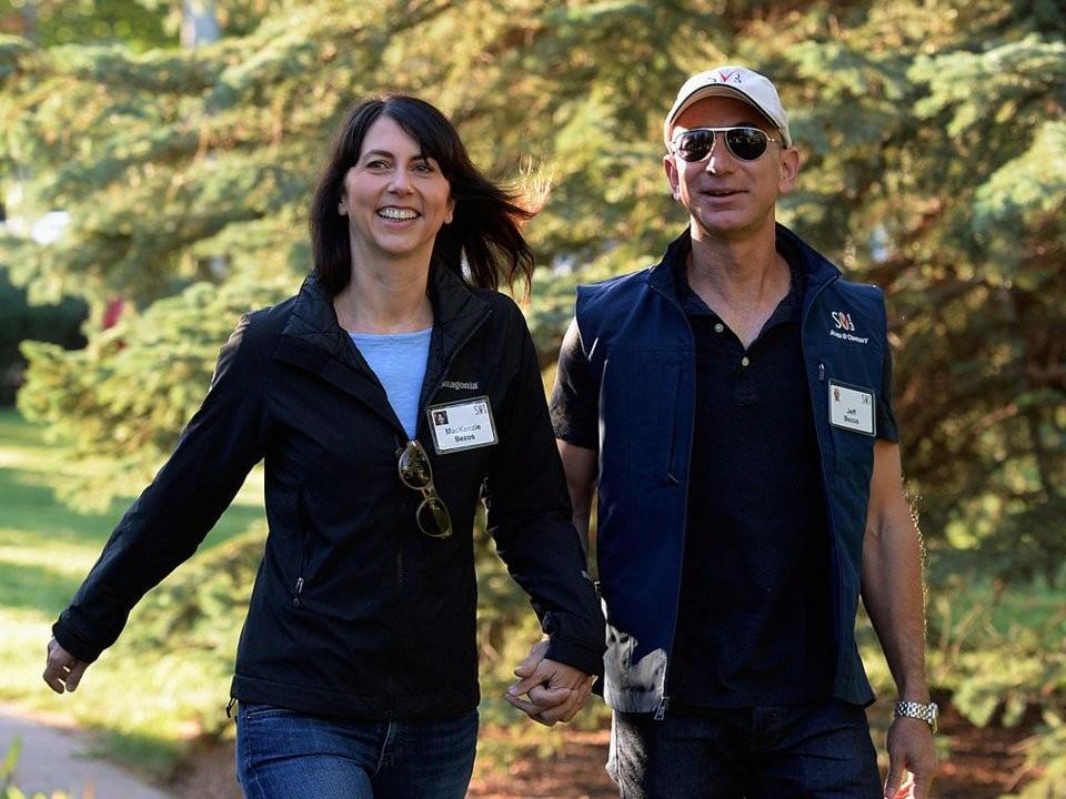 Cuộc sống thường ngày của người giàu có nhất hành tinh Jeff Bezos - ảnh 9
