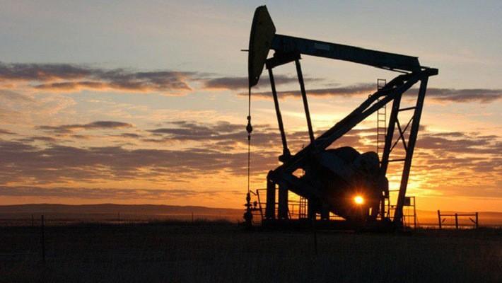 Giá dầu đã giữ đà tăng từ tháng 5, sau khi ông Trump tuyên bố rút khỏi thỏa thuận hạt nhân Iran và áp trừng phạt trở lại đối với Tehran.