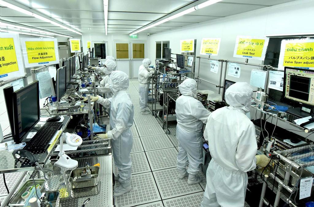 Thông qua các DN FDI, một đội ngũ cán bộ quản lý, công nhân kỹ thuật có trình độ cao từng bước được hình thành. Ảnh: Đăng Khoa