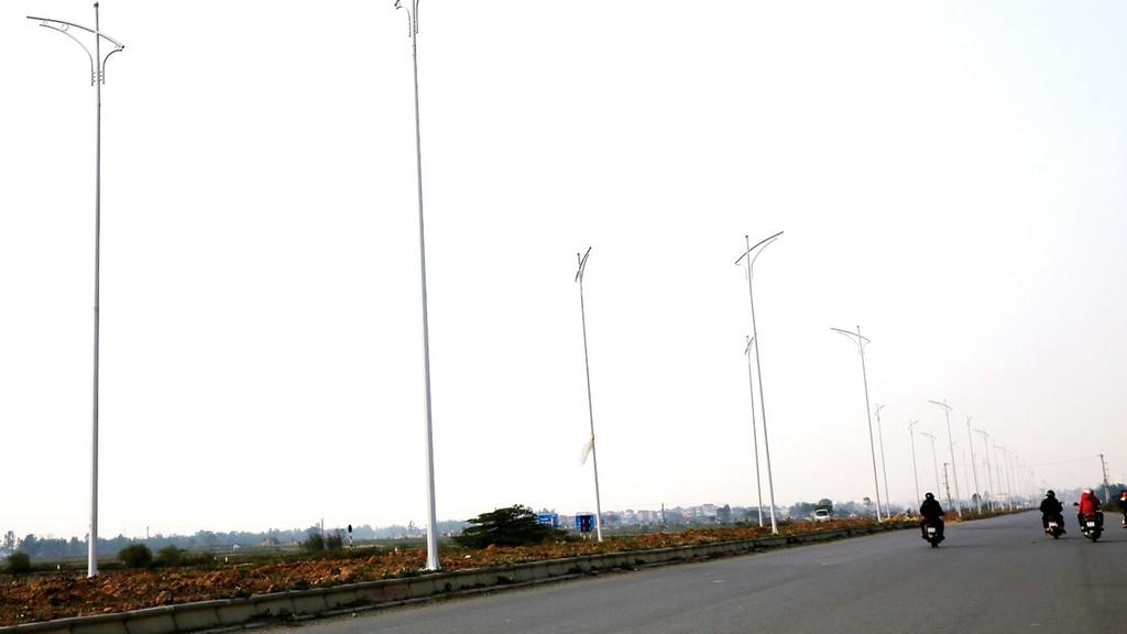 Công ty TNHH Xây dựng Thương mại Viễn Đông đã từng trúng nhiều gói thầu hệ thống chiếu sáng trên địa bàn tỉnh Bình Dương. Ảnh: Thế Anh