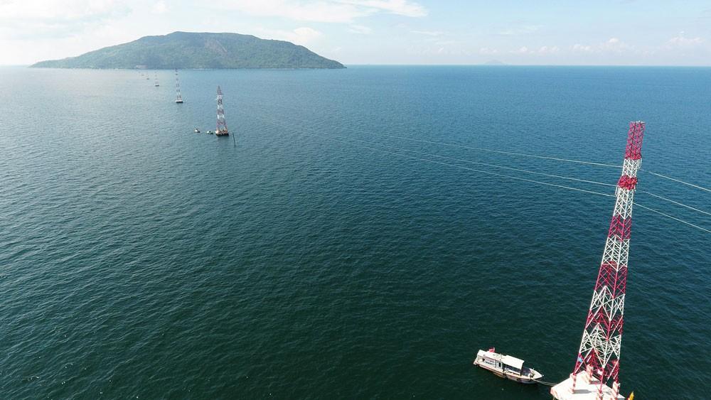 Đường dây vượt biển cấp điện cho đảo Lại Sơn, tỉnh Kiên Giang
