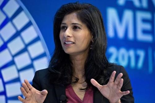 Gita Gopinath - nữkinh tế trưởng đầu tiên của IMF. Ảnh:WSJ