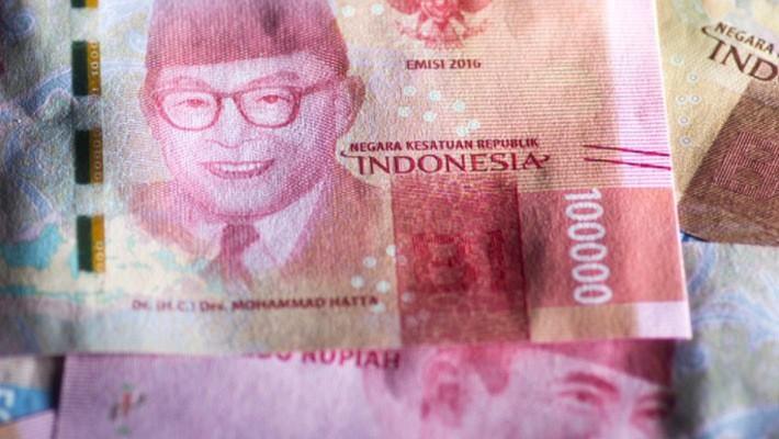 Đồng Rupiah đã mất giá khoảng 10% trong năm nay - Ảnh: Bloomberg.