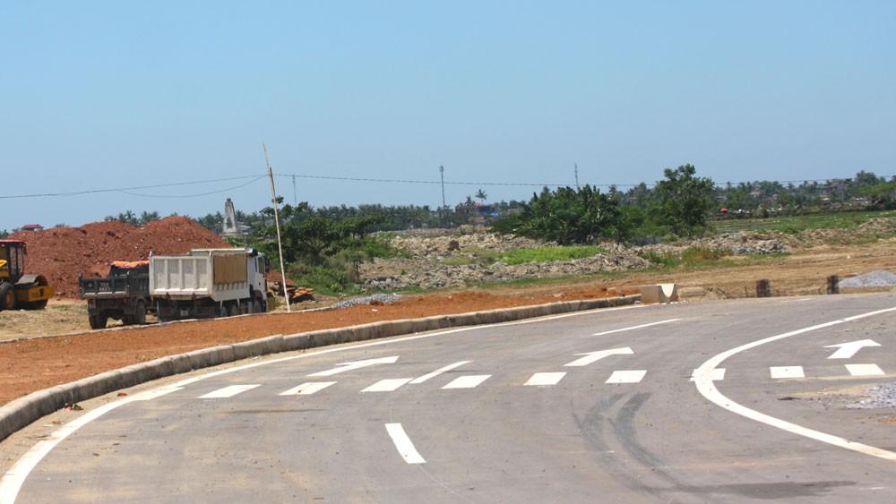 Liên danh Tổng công ty 319 - Công ty CP Xây dựng số 16 Thăng Long đã trúng thầu Gói thầu xây lắp số 01 thuộc Dự án Đường vành đai V vùng Thủ đô Hà Nội tại Thái Nguyên. Ảnh: Nhã Chi