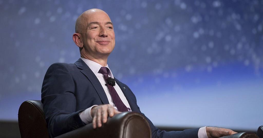 10 tỷ phú giàu có nhất nước Mỹ - ảnh 1