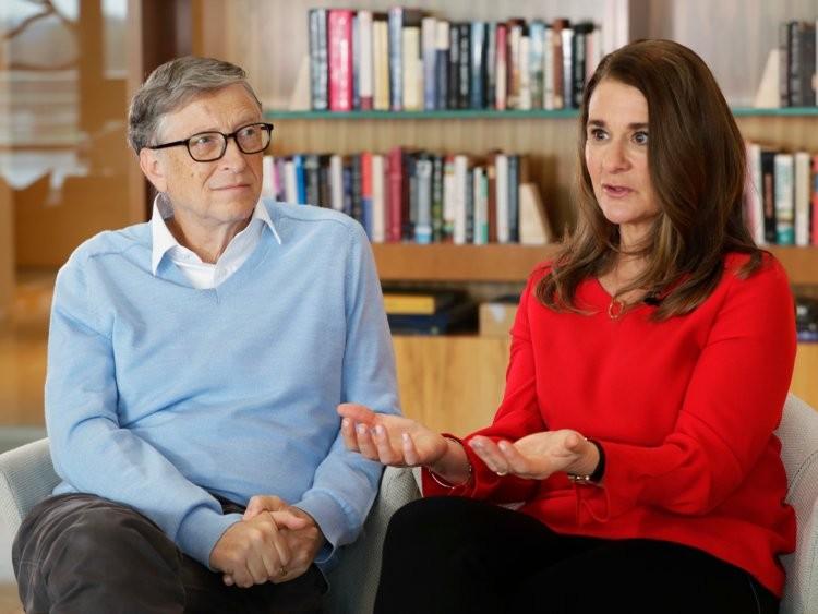Tỷ phú Warren Buffett tiêu tiền như nào? - ảnh 23