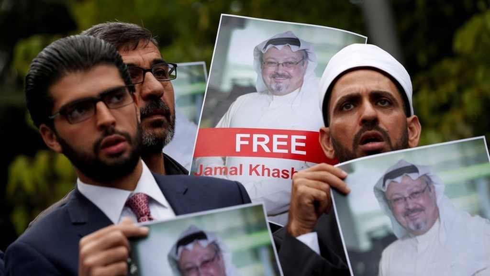 Làn sóng biểu tình sau vụ nhà báo Jamal Khashoggi mất tích - Ảnh: Reuters.