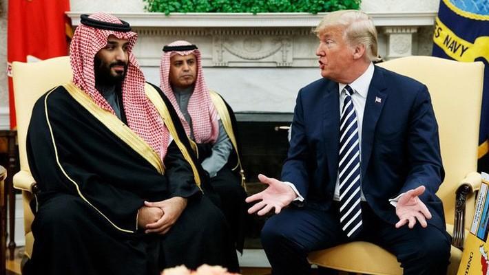 Thái tử Mohammed bin Salman của Saudi Arabia (trái) và Tổng thống Mỹ Donald Trump trong một cuộc gặp tại Nhà Trắng - Ảnh: AP.