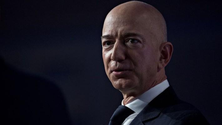 Tỷ phú Jeff Bezos - Ảnh: Bloomberg.