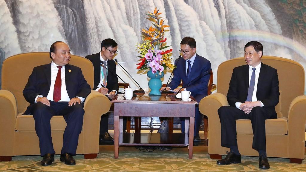 Thủ tướng Chính phủ Nguyễn Xuân Phúc tiếp Thị trưởng TP. Thượng Hải Ứng Dũng. Ảnh: Hiếu Nguyễn