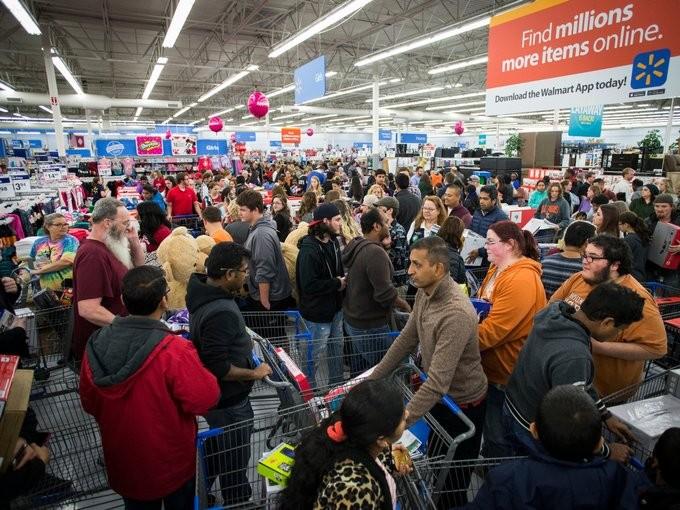 Lễ hội mua sắm Black Friday tại Mỹ bắt đầu - ảnh 1