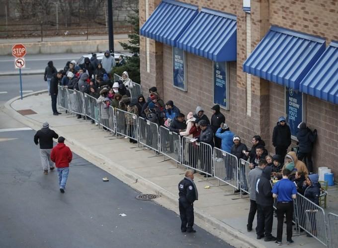 Lễ hội mua sắm Black Friday tại Mỹ bắt đầu - ảnh 3