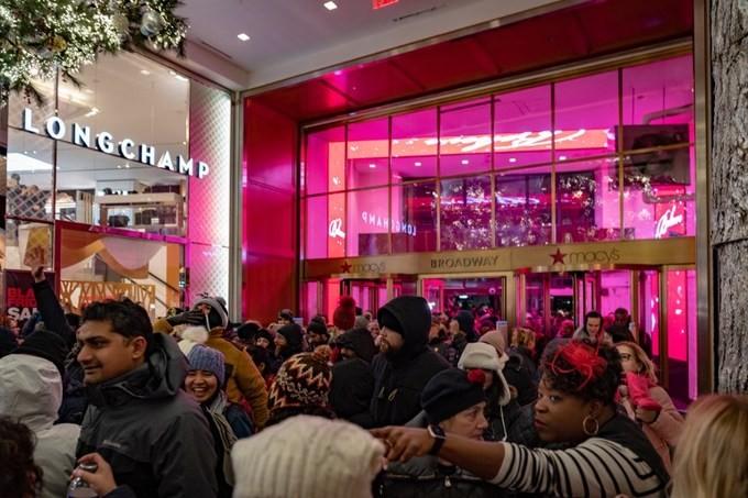 Lễ hội mua sắm Black Friday tại Mỹ bắt đầu - ảnh 6
