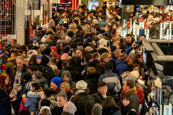 Lễ hội mua sắm Black Friday tại Mỹ bắt đầu - ảnh 7