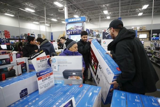 Lễ hội mua sắm Black Friday tại Mỹ bắt đầu - ảnh 11