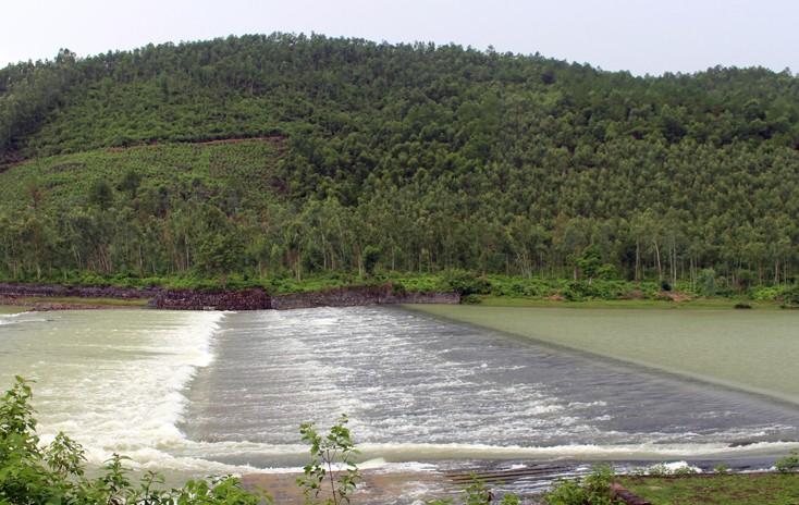Quảng Bình: Mời thầu gói thầu xây lắp thuộc Dự án Hệ thống thủy lợi Rào Nan - ảnh 1