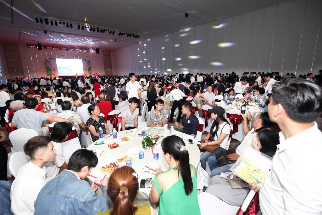 Toàn bộ sản phẩm chào bán trong đợt 1 của dự án khu đô thị sinh thái Năm Sao – Five Star Eco City đều giao dịch thành công.
