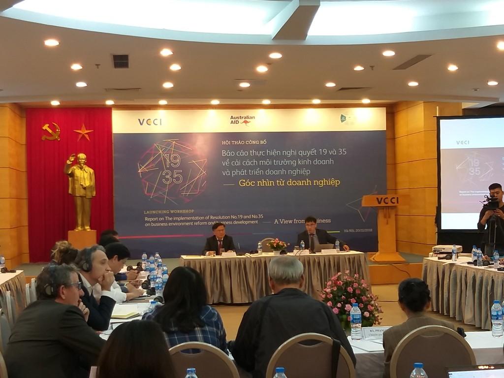 Có 62% DN cho rằng thủ tục đăng ký kinh doanh có cải thiện tốt và 10% cho rằng có cải thiện rất tốt Ảnh: Trần Nam