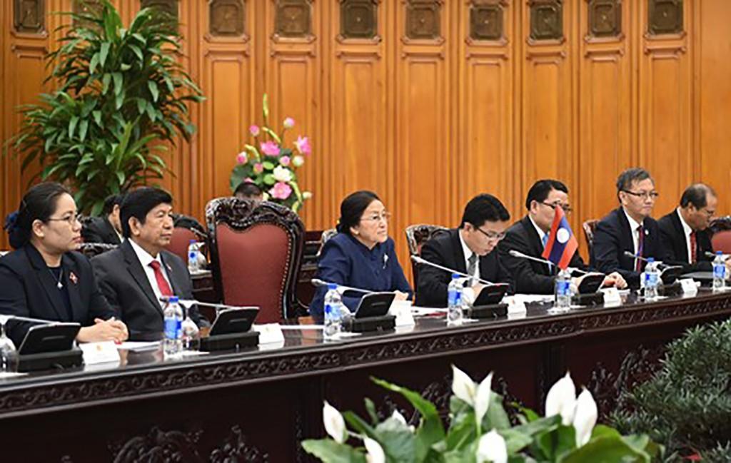 Ưu tiên cao việc giữ gìn quan hệ đoàn kết đặc biệt Việt- Lào - ảnh 1