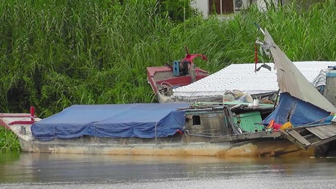Đấu giá sàlan (ghe) vỏ gỗ tại Tiền Giang