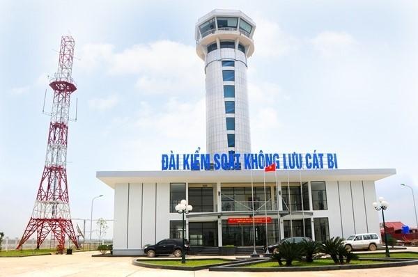 Kiểm soát viên không lưu có liên quan trong vụ máy bay mất liên lạc tại Cát Bi bị tước giấy phép 2 tháng