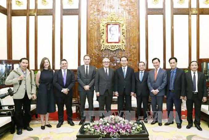 Sẵn sàng hợp tác và tạo điều kiện cho AFP hoạt động ở Việt Nam - ảnh 1