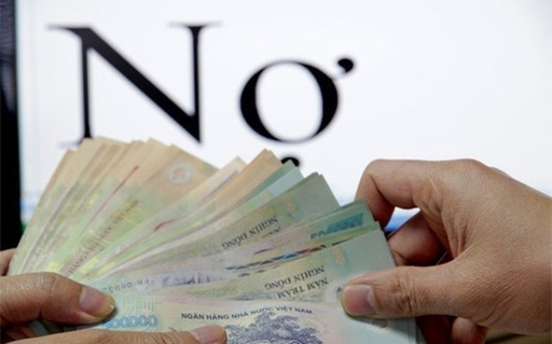 Ngân sách dành phần lớn để trả nợ, trong khi chi đầu tư phát triển rất ít, không đạt dự toán.