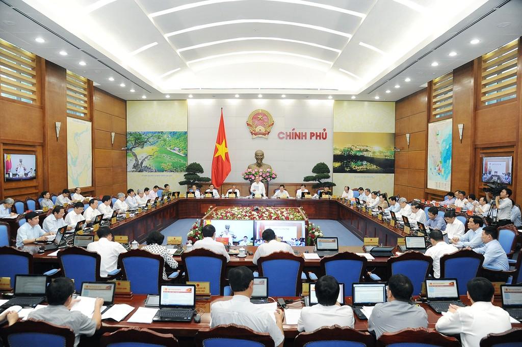 Thủ tướng nêu các nút thắt cần gỡ để tăng trưởng - ảnh 2
