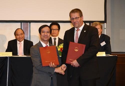 Thủ tướng chứng kiến DN Việt, Đức trao 28 văn bản hợp tác trị giá 1,5 tỷ euro - ảnh 3