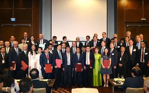 Thủ tướng chứng kiến DN Việt, Đức trao 28 văn bản hợp tác trị giá 1,5 tỷ euro - ảnh 5
