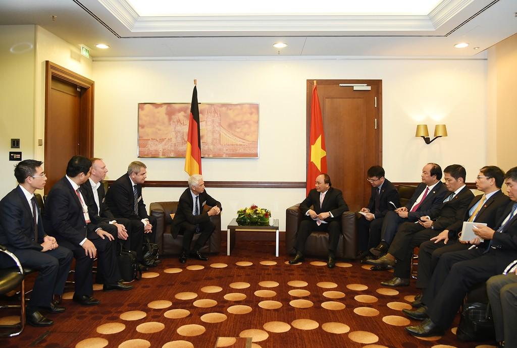 BMW muốn xây dựng nhà máy tại Việt Nam - ảnh 2