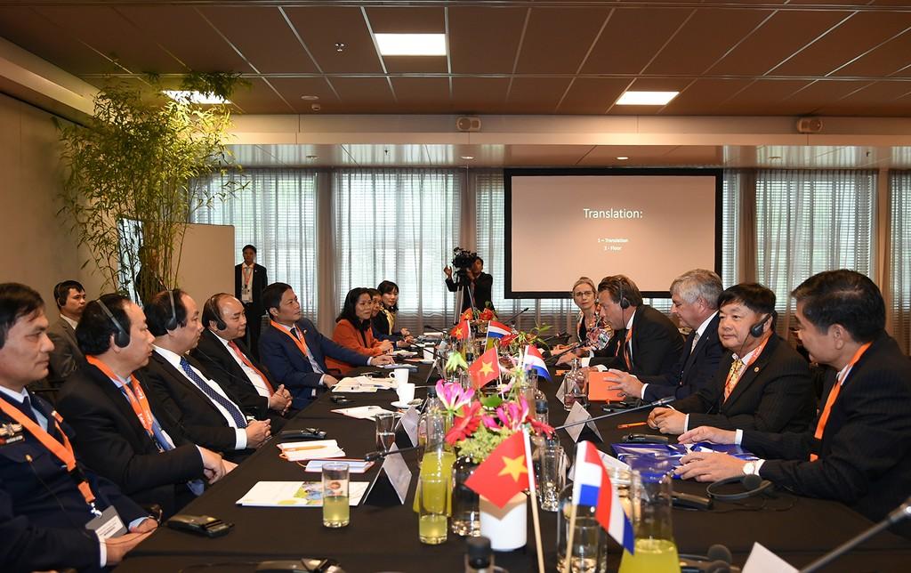 Thủ tướng Nguyễn Xuân Phúc tiếp đại diện Tập đoàn Damen. Ảnh: VGP
