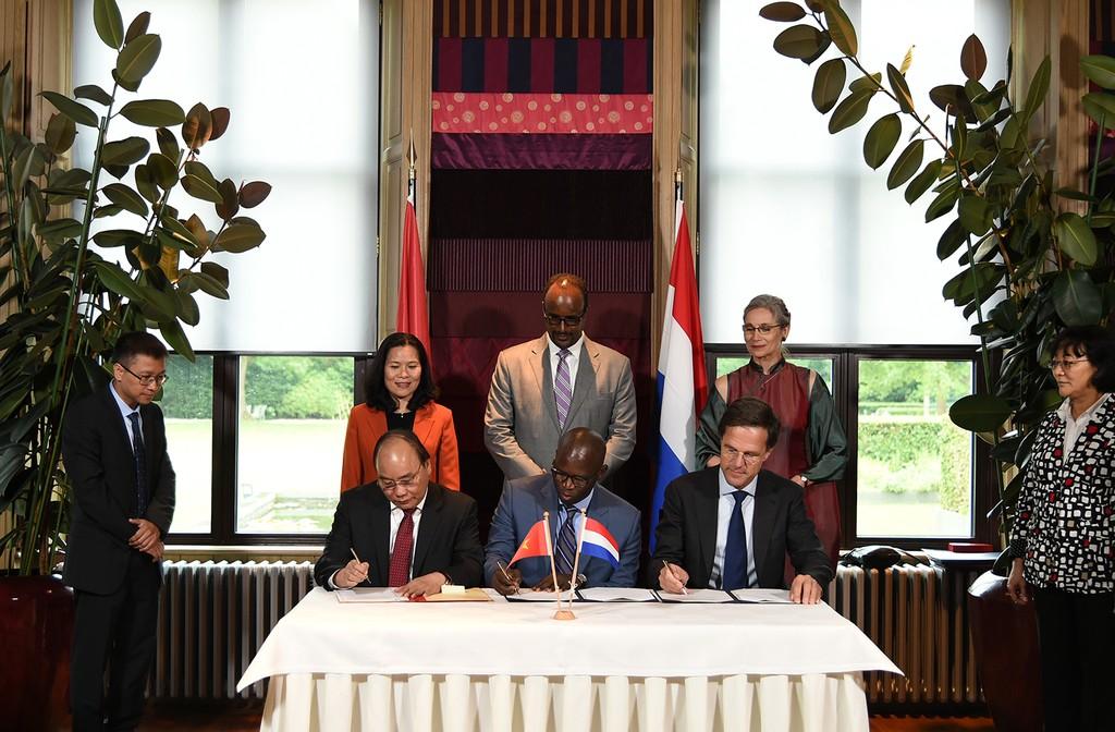 Thủ tướng Nguyễn Xuân Phúc hội đàm với Thủ tướng Hà Lan - ảnh 3