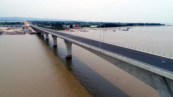 Đường ô tô vượt biển Tân Vũ - Lạch Huyện, Hải Phòng. Ảnh: Báo Thanh niên