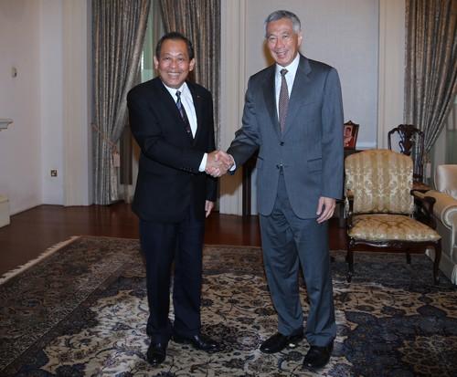 Phó Thủ tướng Thường trực Trương Hòa Bình thăm chính thức Singapore - ảnh 1