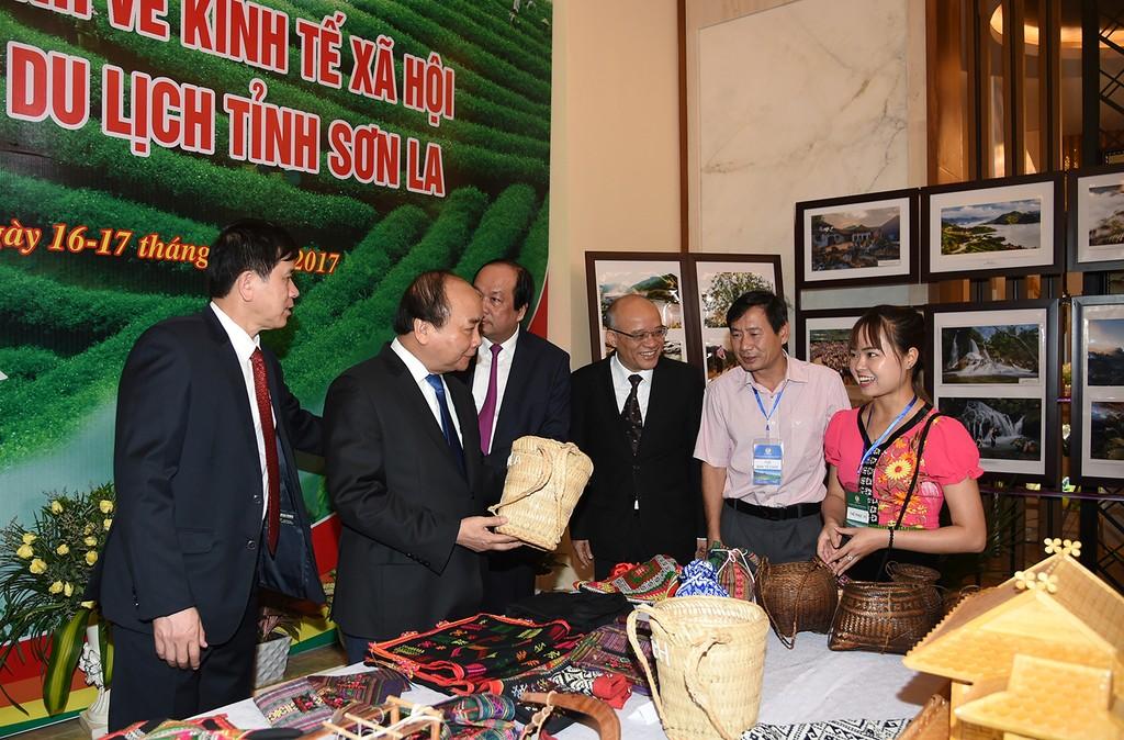 Thủ tướng dự Hội nghị xúc tiến đầu tư tỉnh Sơn La - ảnh 2