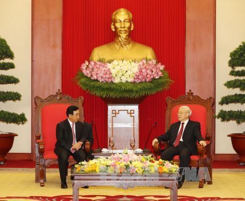 Tổng Bí thư Nguyễn Phú Trọng tiếp đồng Phankham Viphavanh, Ủy viên Bộ Chính trị, Thường trực Ban Bí thư, Phó Chủ tịch nước CHDCND Lào. Ảnh: TTXVN
