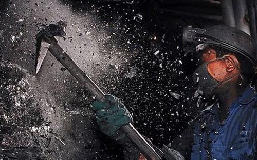 Theo Chủ tịch Hội đồng thành viên của TKV, tồn kho than có thể lên tới 13-14 triệu tấn trong năm nay.
