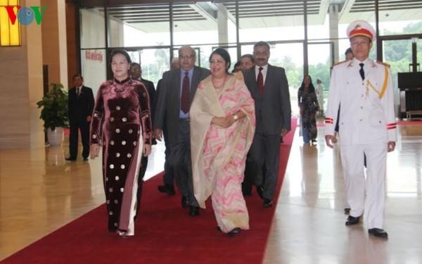 Chủ tịch Quốc hội hội đàm với Chủ tịch Quốc hội Bangladesh - ảnh 1