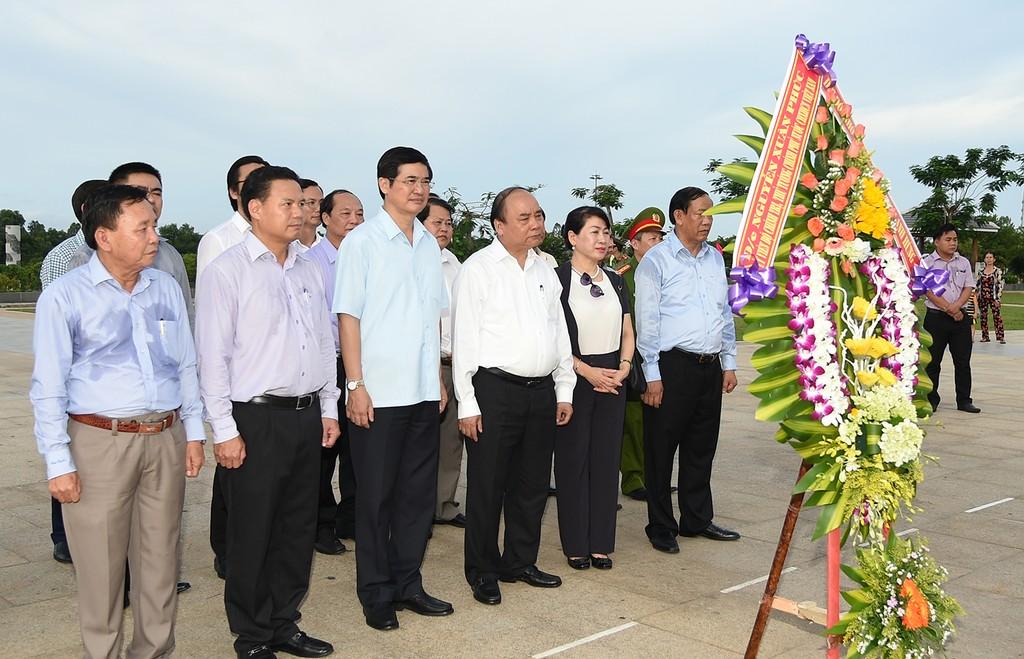 Thủ tướng dự lễ tri ân người có công tỉnh Quảng Nam - ảnh 1