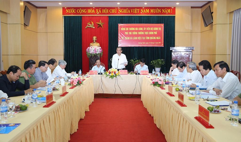 Phó Thủ tướng Trương Hòa Bình làm việc với lãnh đạo chủ chốt tỉnh Quảng Ngãi - ảnh 1