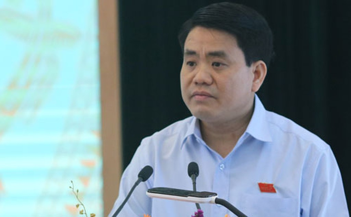 Chủ tịch UBND TP. Hà Nội Nguyễn Đức Chung tại buổi tiếp xúc cử tri quận Hoàn Kiếm.