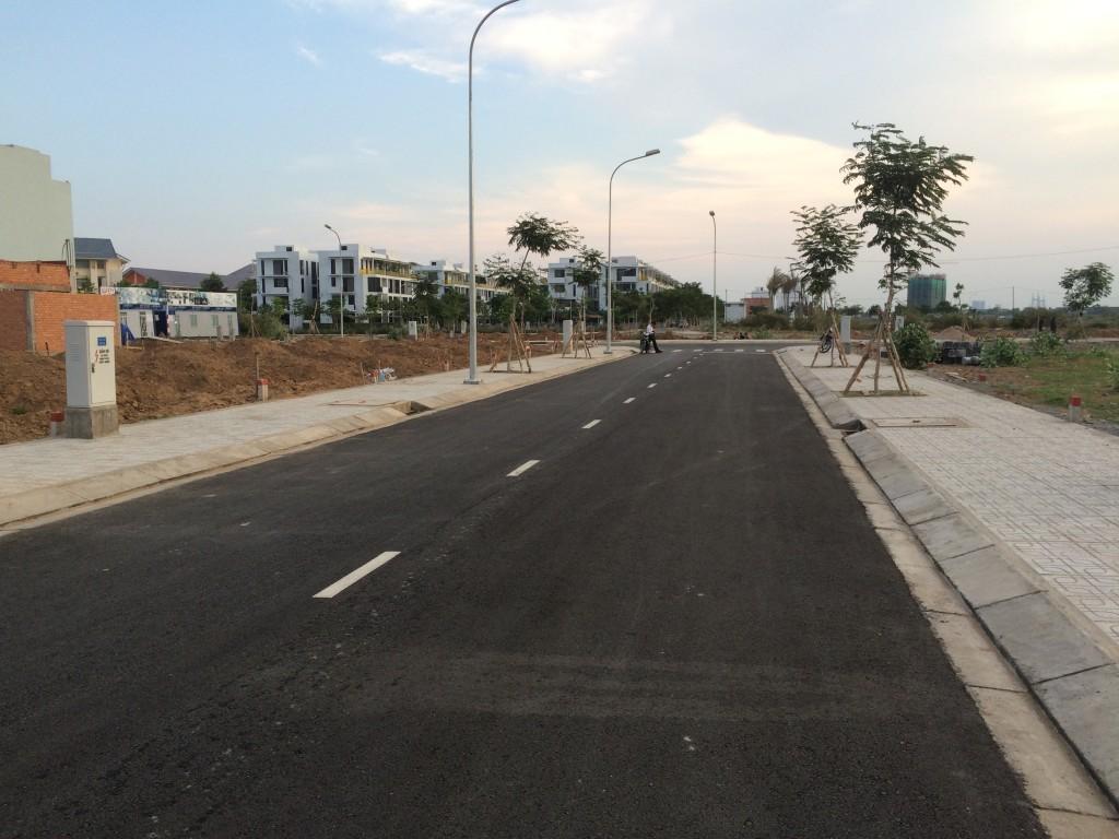Đường Nguyễn Duy Trinh, quận 9.