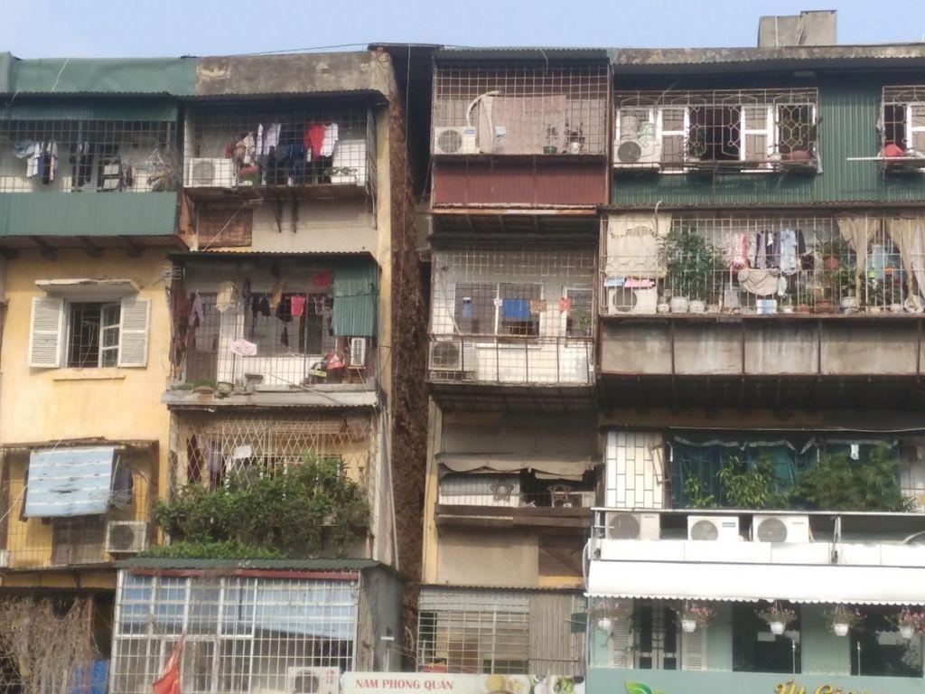 Hà Nội có 600 công trình nhà ở công cộng cũ, nguy hiểm