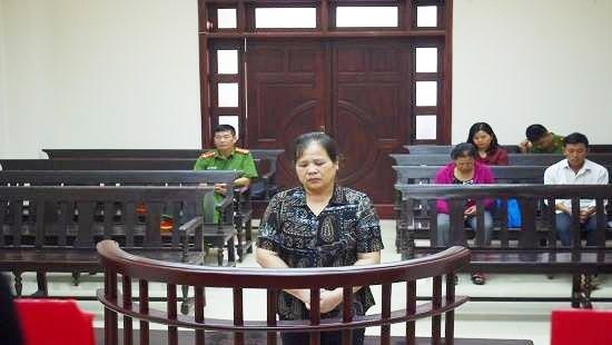 Bị cáo Nguyễn Thị Xinh.