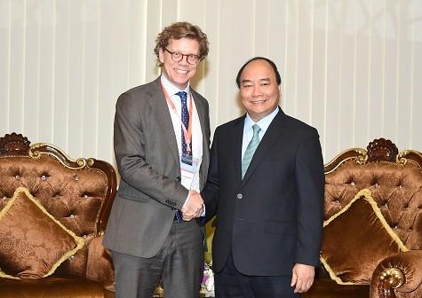 Thủ tướng tiếp Đại sứ Thụy Điển tại Việt Nam, ông Pereric Hogberg, Ảnh: VGP