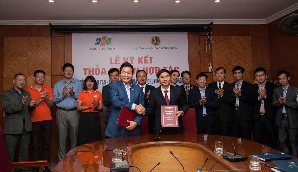 FPT bắt tay ĐH Giao thông Vận tải hợp tác và chuyển giao công nghệ giao thông thông minh