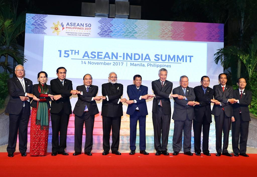 Thủ tướng dự các hoạt động bế mạc ASEAN-31 - ảnh 2
